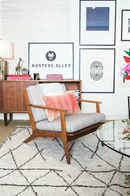 Mid Century Living Room Chairs by Graphic Corner Beni Oran Rug Mid Century Chair Round Glass