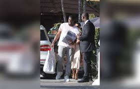 kevin hart eniko parrish throw baby shower after cheating scandal