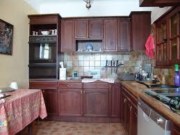 cuisine uip rustique cuisine rustique en chêne relookée en gris à lauris 84 finition