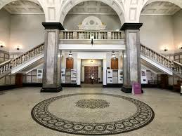 file brisbane city hall entry foyer 03 jpg wikimedia commons