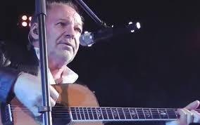 chitarra vasco vasco rossi news sky tg24