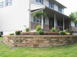 landscping gallery4 janesville brick decorative wall retaining wall landscaping js goode landscaping