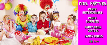 clown entertainer for children s kids party entertainer kids children s party entertainers birthday sussex