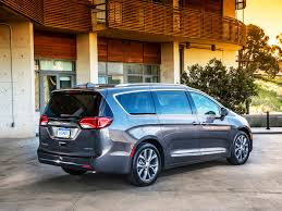 chrysler chrysler unveils plug in hybrid electric pacifica minivan wired