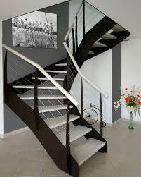 limon d escalier en bois escalier demi tournant marche en bois structure en métal