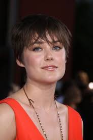 blacklist terrible hair and makeup the blacklist s megan boone megan boone pinterest megan boone