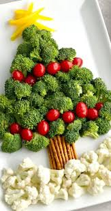 christmas tree vegetable platter 18 red and green christmas