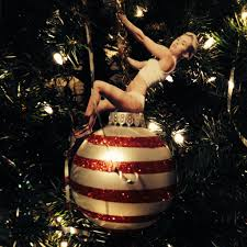 wrecking ball ornament 4 steps with pictures