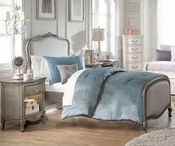 Antique Finish Bedroom Furniture Kensington Silver Finish Katherine Size Upholstered Bed 30020