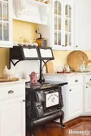 Carolina Country Kitchen - house tour happy days farmhouse romantic homes ashabbyagain