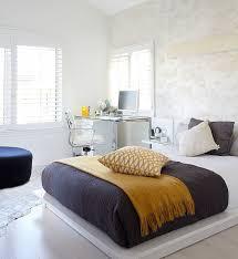 Modern Bedroom Chair by Best 25 Bedroom Workspace Ideas On Pinterest Desks Desk Space