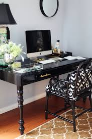 Office Table Chair by Best 25 Black Desk Ideas On Pinterest Black Office Desk Black