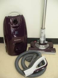 Kenmore Canister Vaccum Kenmore 21614 Review A Canister Vacuum With Pet Hair Attachment