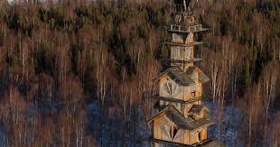 dr seuss log cabin tower house in alaska is massive insidehook