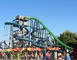 6 Flags Water Park Evan And Lauren U0027s Cool Blog 9 3 12 Six Flags More Flags More Fun