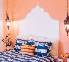 Paint A Headboard by Guides Using A Wall Paint Snapguide