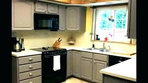 how to price painting cabinets cost of painting kitchen cabinets professionally painting kitchen