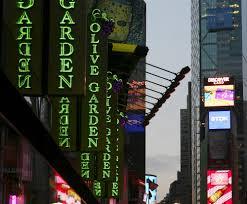 darden restaurants obamacare after backlash restaurant company clarifies obamacare stance msnbc