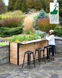 elevated garden planters best elevated garden beds ideas on garden