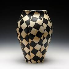 Black And White Vases 84 Best Vases Images On Pinterest Vases Decorative Objects And