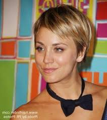 why kaley cucoo cut her hair 20 best of kaley cuoco new short haircuts