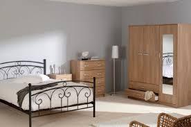 chambre avec lit noir chambre avec lit noir finest tte de lit with chambre avec