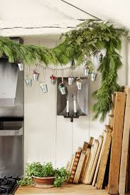 Banister Christmas Garland 60 Best Christmas Garland Ideas Decorating With Holiday Garlands