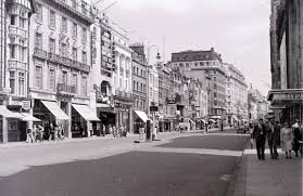 19 fabulous photos of london u0027s west end in the 1950s by allan