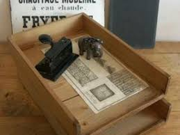 trieur papier bureau anciens trieurs de bureau en bois par nain de jardin