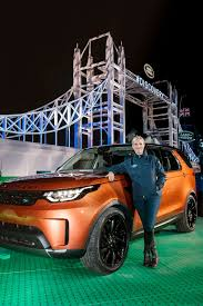 land rover lego spectaculaire onthulling nieuwe land rover discovery op grootste