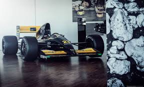 lamborghini engine 1992 minardi f1 powered by a lamborghini v12 engine formula1