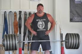 Bench Press 1000 Lbs Gym Owner Sets World Record In Bench Press Sports Poststar Com