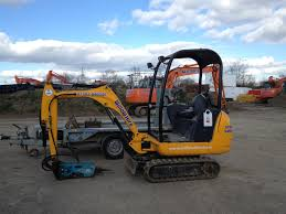 excavator hire willow plant and tool hire