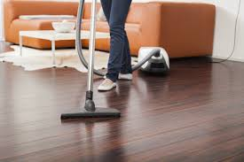 mopping laminate floors with bleach