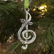 fa la la treble clef ornament at the stand