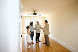seller etiquette for showing a home