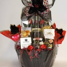 whiskey gift basket a la carte gifts baskets llc 46 photos 13 reviews gift