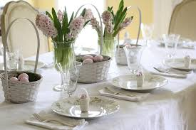 Easter Table Decorations On A Budget by Easter Table Setting Ideas Wenderly