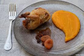 cuisiner des cailles facile caille farcie à l orange et d épice radis