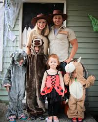 family halloween costumes for 3 watch out for the woestmans halloween costumes