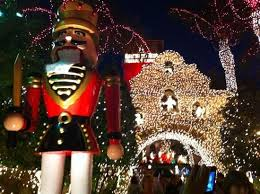 The Mission Inn Festival Of Lights Picture With Santa In Hotel Lobby Mission Inn Restaurant