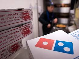 domino pizza jombang domino s pizza staff dial 911 and rescues regular customer people com