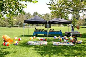 Outdoor Party Ideas by Spotted Ink A Very Bubble Guppies Birthday