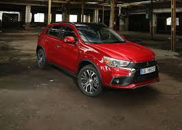 mitsubishi 2017 2017 mitsubishi asx puts on a fresh face in paris