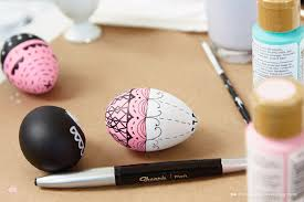 Easter Egg Decorations To Make by Diy Hand Painted Easter Egg Ideas From Hallmark Artists Think