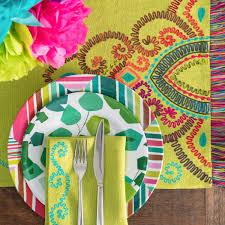 Annie Selke How To Set A Bright And Colorful Table For Summer Gatherings