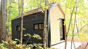 cabane tiny cabin 256 sq ft amazing tiny house youtube
