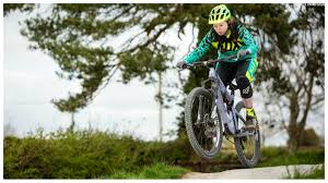 fox 2016 women u0027s mountain biking clothing range details spec and