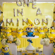 minions birthday party despicable me minion birthday party popsugar
