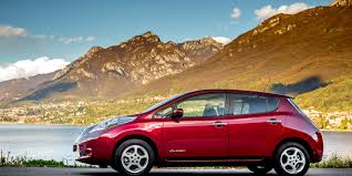 nissan leaf acenta review nissan leaf review carwow